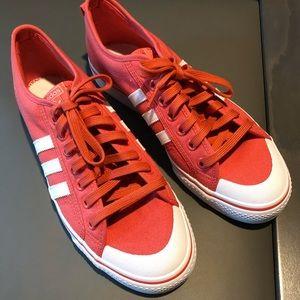 adidas canvas men's shoes, size 11.